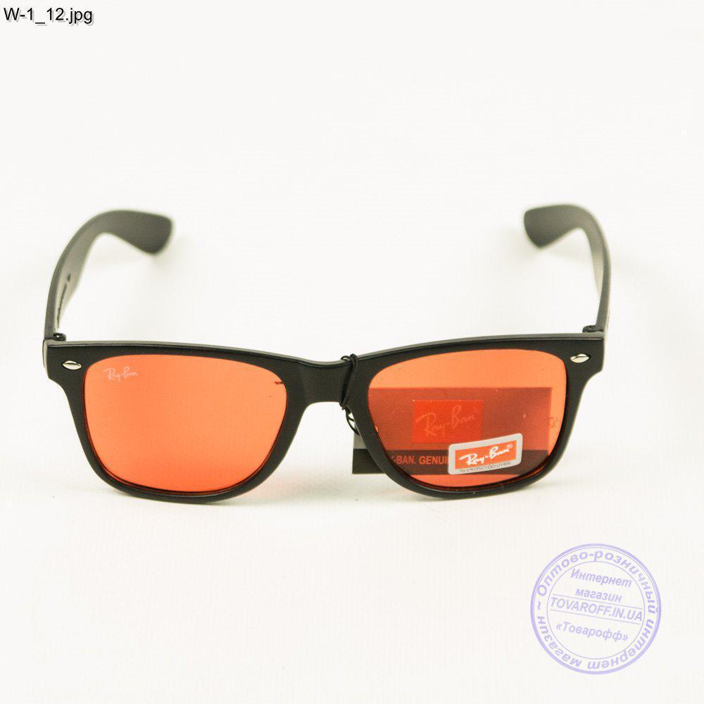 Оптом очки Ray-Ban Wayfarer унисекс - W1 4 - купить по лучшей цене в ... 0f1d582725f6a