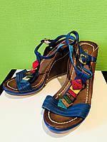 Продам летние босоножки кожаные Berkonty Италия 39 размер