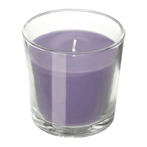 Ароматическая свеча в стакане IKEA SINNLIG 7.5 см ежевика сиреневая 803.373.95