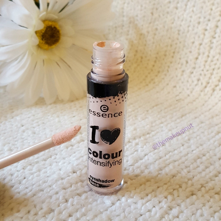 База под тени Essence I Love Colour Intensifying Eyeshadow Base