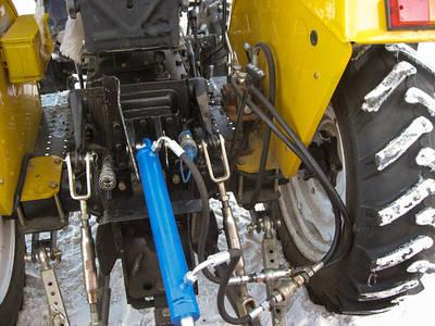Назначение и устройство основных элементов гидравлической системы навесного оборудования