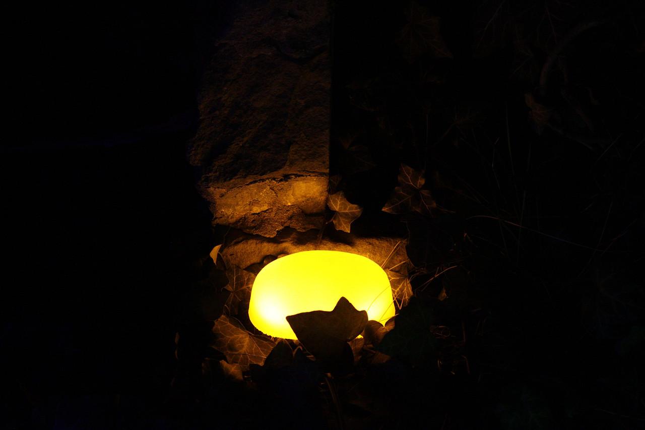 Светодиодный камень 13х8.5х3