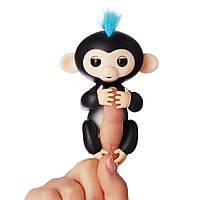 Интерактивная ручная обезьянка Финн Черная Оригинал Wow Wee Fingerlings Interactive Baby Monkey Finn