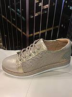 Стильные женские кожаные туфли Alpino