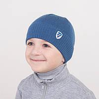 Весенняя однотонная шапка для мальчика - Арт 0940