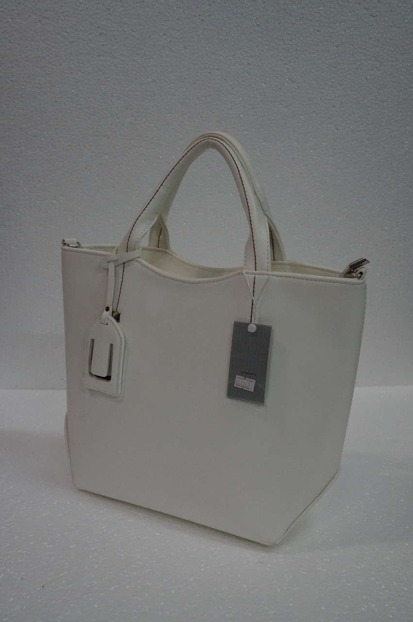 35d5c4a90236 Белая женская сумка, копия известного бренда -