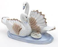 Декоративная фарфоровая статуэтка Лебеди 10.5см BonaDi 241-049