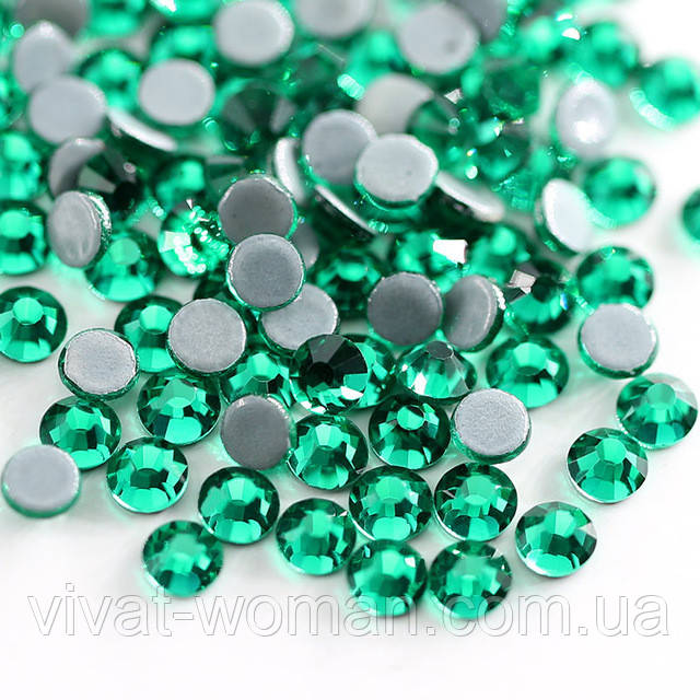 Стразы А+ Premium, Green Zircon SS16 (3.8-4.0 мм) термоклеевые. Цена за 144 шт.