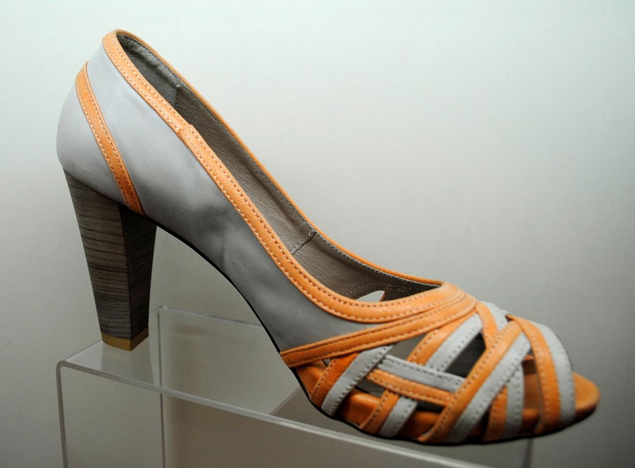 Туфлі - босоніжки
