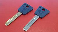 Заготовка ключа Mul-T-Lock  7*7