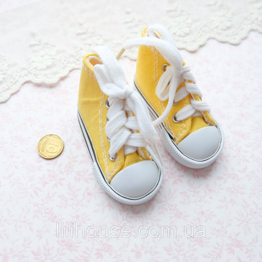 Обувь для кукол, кеды на шнуровке желтые - 7*3 см