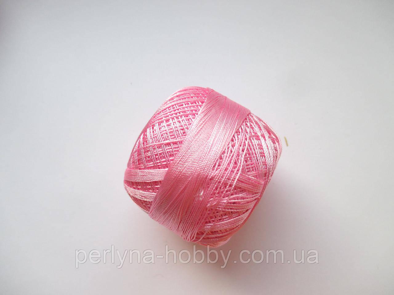 Нитки поліестер (штучний шовк)  для в'язання, вишикання типу Ірис ( Iris ) 20 грам, рожевий світлий