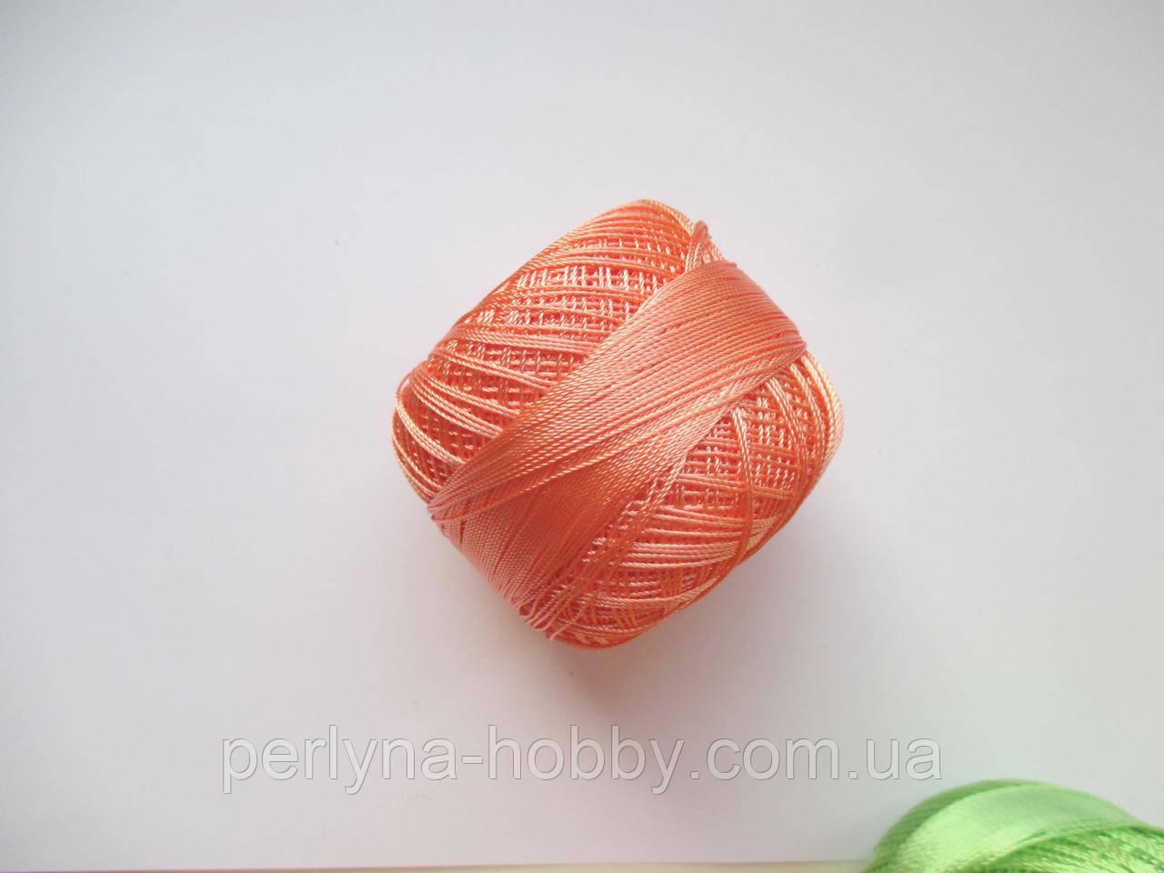 Нитки поліестер (штучний шовк)  для в'язання, вишикання типу Ірис ( Iris ) 20 грам. Персиковий