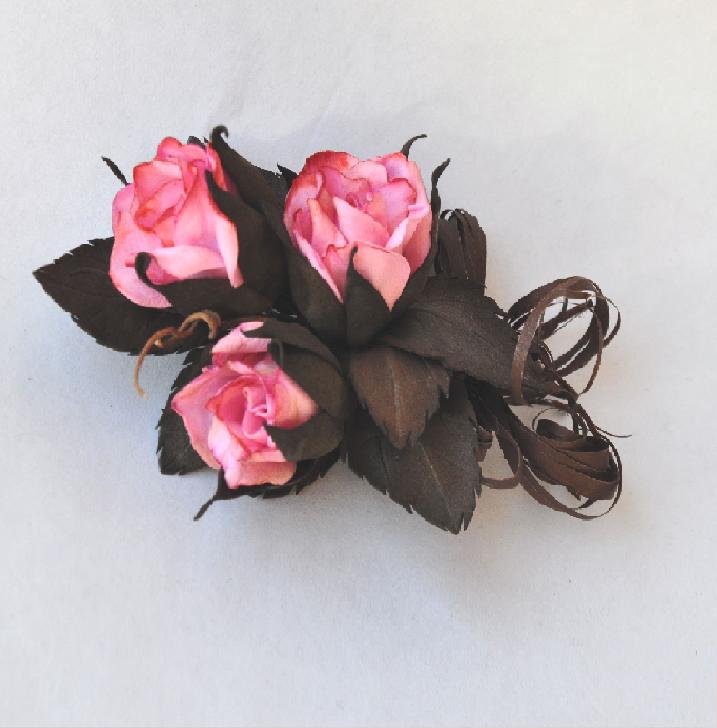 Брошка Троянди, фоаміран