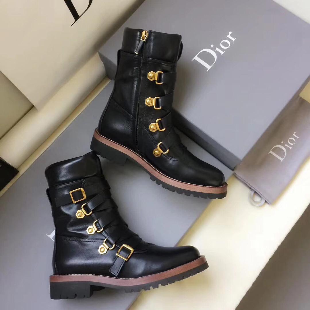 Кожаные ботинки на змейке Dior 38 - Люкс реплики брендовых сумок, обуви в  Тернополе 543d88ee7a2