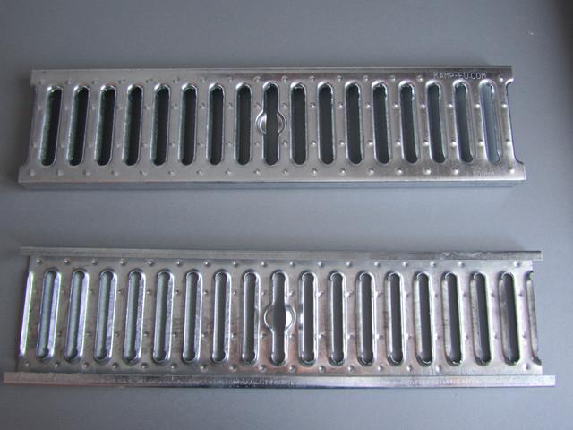 Дренажная оциокованая решетка 1,5 мм