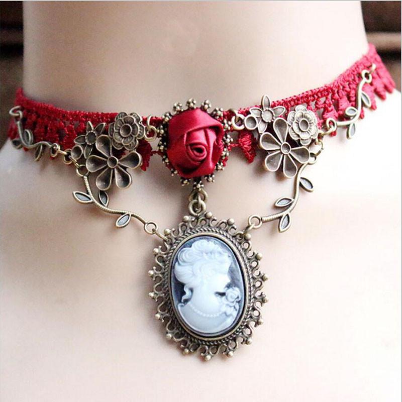 Красивое женское ожерелье на шею в старинном стиле!