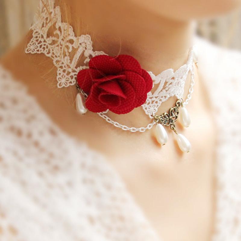 Красивое женское ожерелье на шею с розой из ткани!