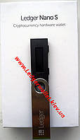 Ledger Nano S - аппаратный кошелек для криптовалют