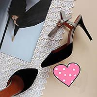 Женские босоножки с зауженным носком. Возможен отшив в других цветах кожи и замша