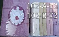 Лицевое полотенце Однотонное с розочкой