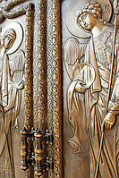 Двери в храм. С отделкой бронзой