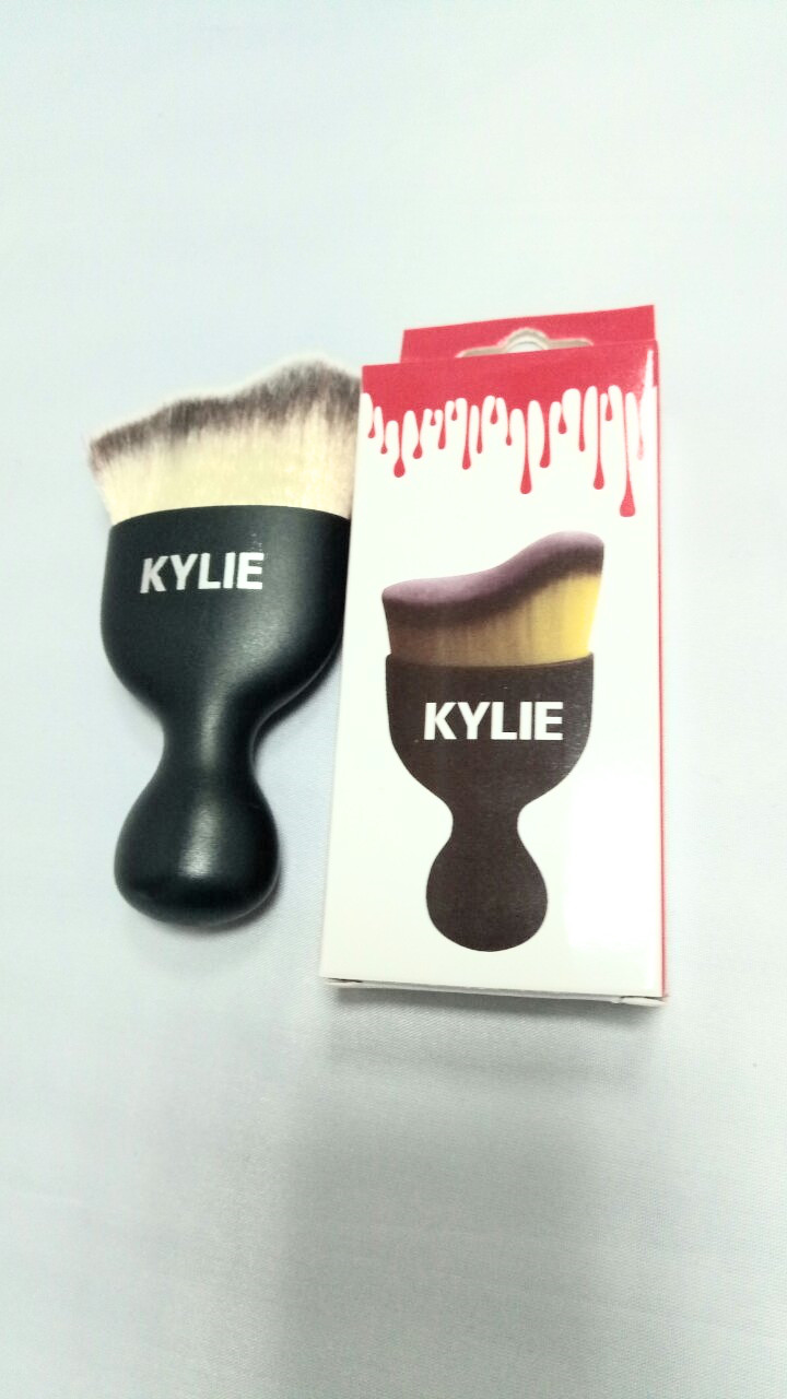 Кисть-контур для макияжа Kylie (Кайли), фото 1