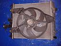 Радиатор охлаждение двигателя Nissan Micra K11 1992-2002г.в., фото 3