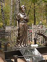 Скульптура женская из бронзы на могилу