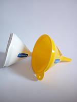 Лейка средняя из пластика диаметр 11,8 см Гемопласт ML-010