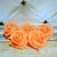 Роза из латекса, цвет абрикосовый,  4,5-5 см