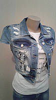 Жилетка джинсовая женская с коротким рукавом и стразами