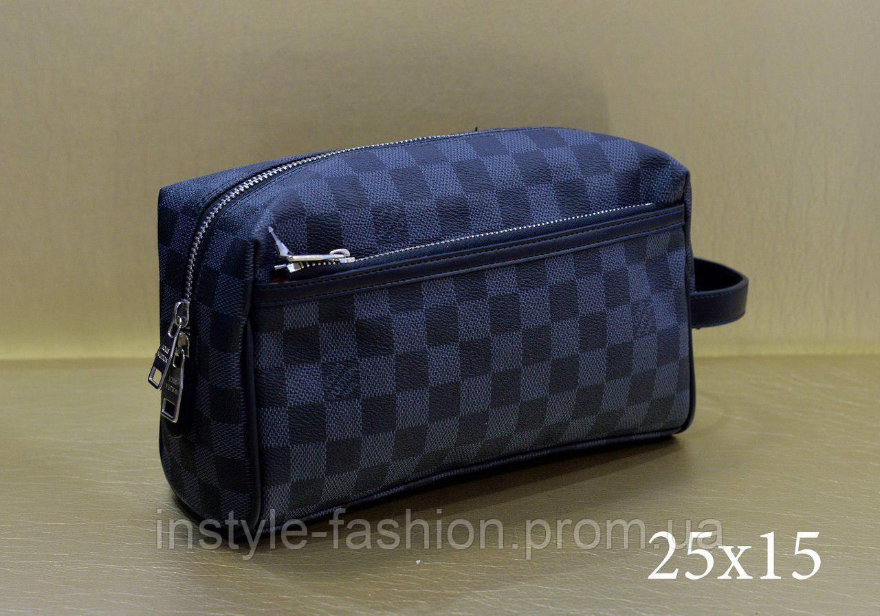 d0ae6810b412 Косметичка Louis Vuitton черная - Сумки брендовые, кошельки, очки, женская  одежда InStyle в
