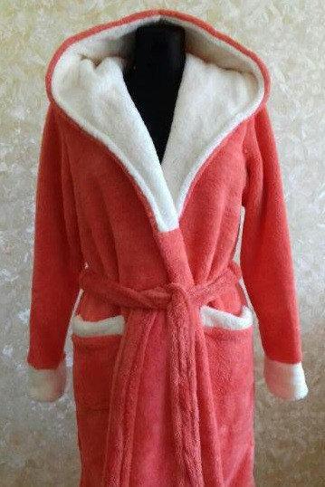 Махровый женский халат красный