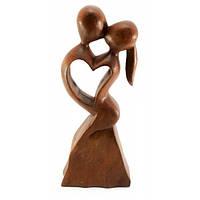 Фигурка из дерева Влюбленные