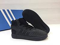 Кроссовки adidas Tubular Invader - Original black, материал - натуральная замша, основа - прорезинена