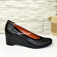 Женские кожаные туфли на удобной танкетке, фото 1