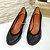 Женские кожаные туфли на удобной танкетке, фото 4
