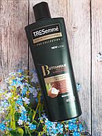 Шампунь с кокосовым маслом TRESemme Botanique Nourish & Replenish Shampoo