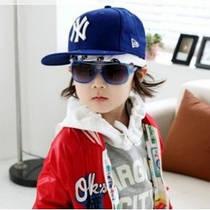 Детские кепки и бейсболки