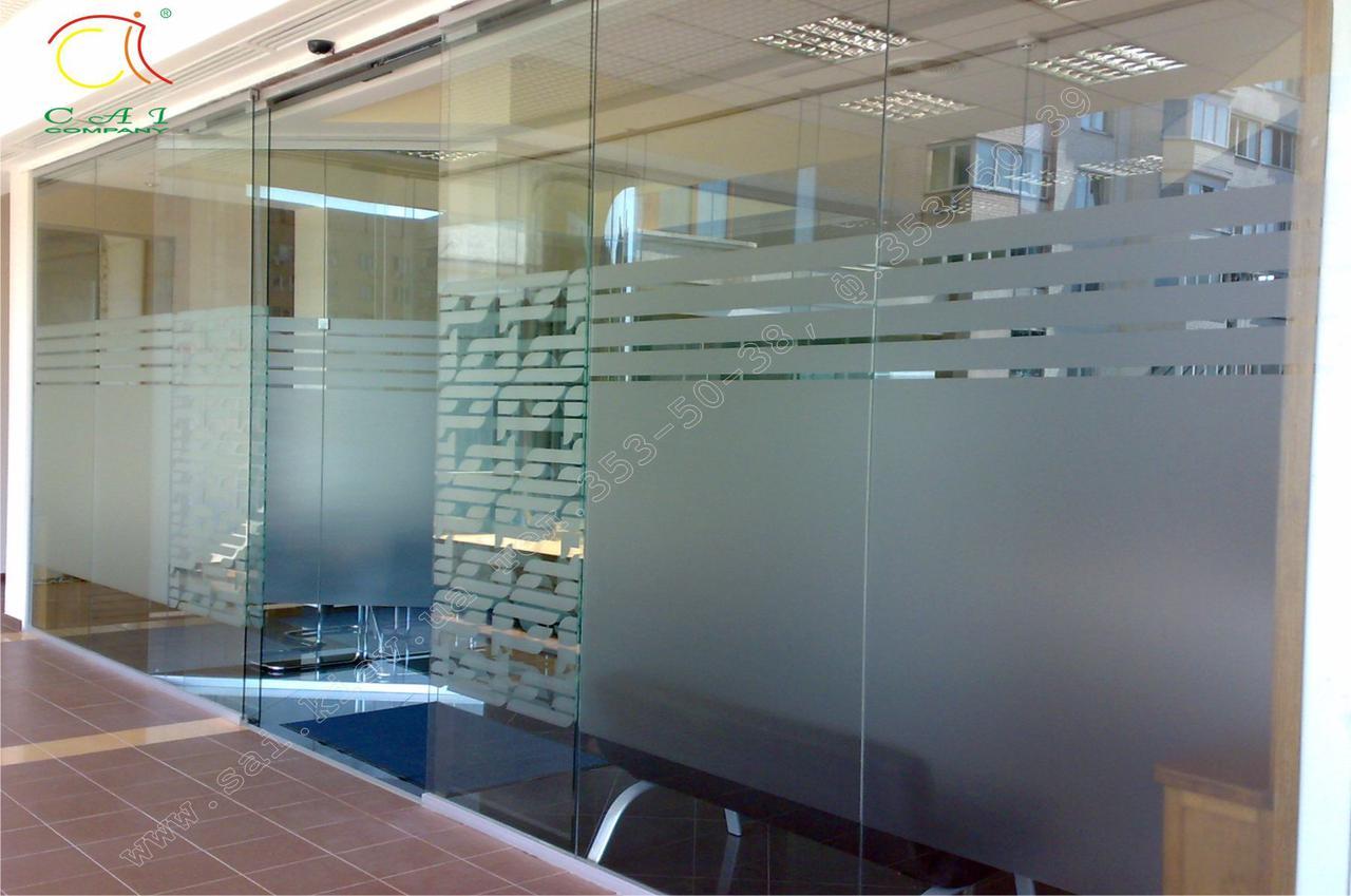 Стеклянные перегородки с раздвижными дверьми, изготовление и установка