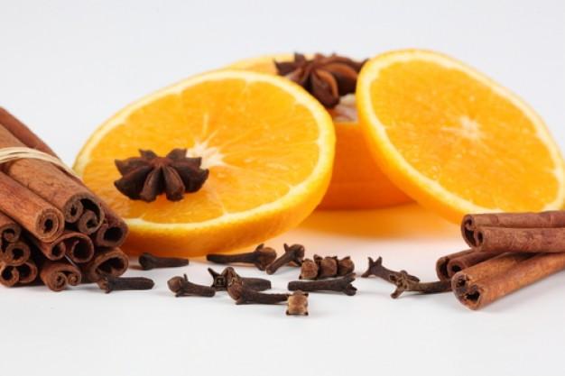 Апельсин с корицей