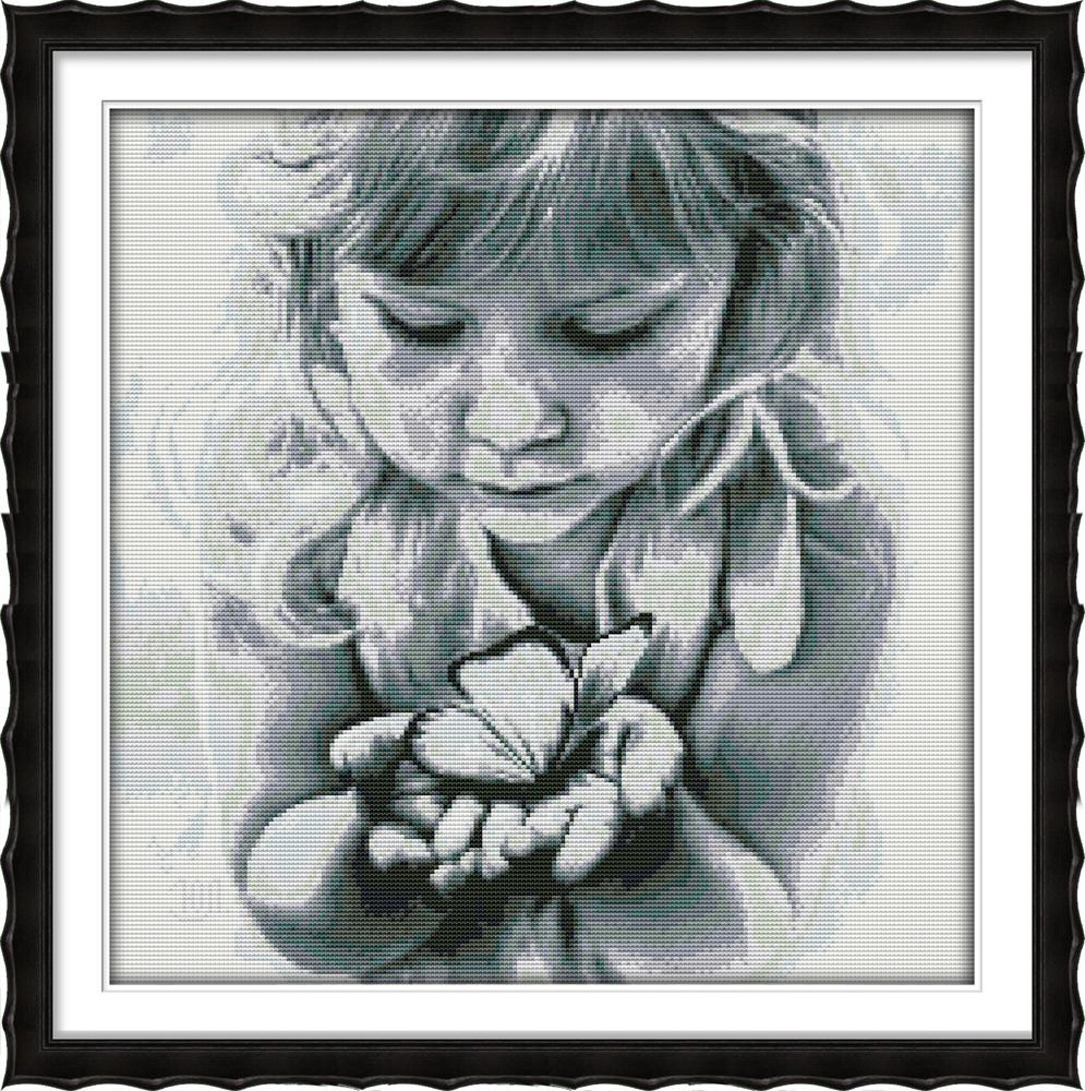 Девочка с бабочкой. Монохром RA090 Набор для вышивки крестом с печатью на ткани 14ст