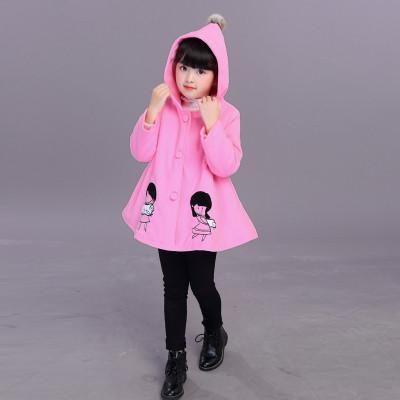 Детское пальто с девочкой