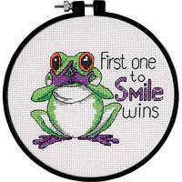 73519 Набор для вышивания крестом DIMENSIONS Первая улыбка