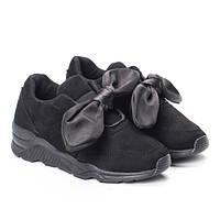 Стильные кроссовки для девушек и женщин любого возраста