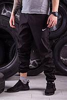 Черные модные спортивные штаны President - плащевка