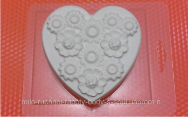 Пластиковая Форма для мыла - Сердце в цветах