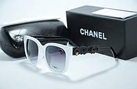 Стильные женские солнцезащитные очки Chanel оправа белая