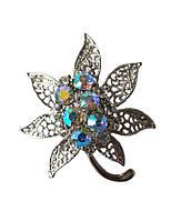 Брошь (брошка) Цветок Серебряная с радужными стеклянными стразами 5 см 1 шт